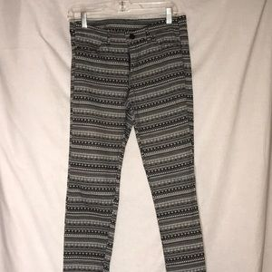 Divided H&M Sz 8 Black and White Graphic Jeans